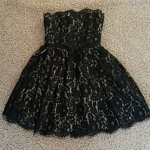 Gorgeous lace overlay cocktail dresd